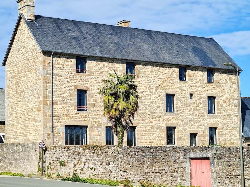 Le presbytère de Louvigné-du-Désert devient une résidence séniors